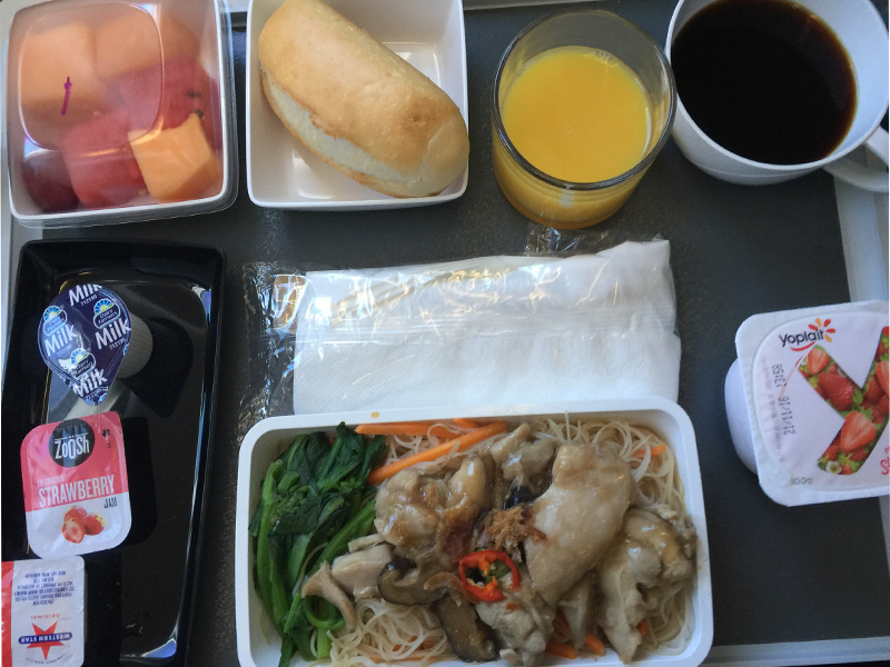 SINGAPORE-AIRLINES-food-PER-to-SIN