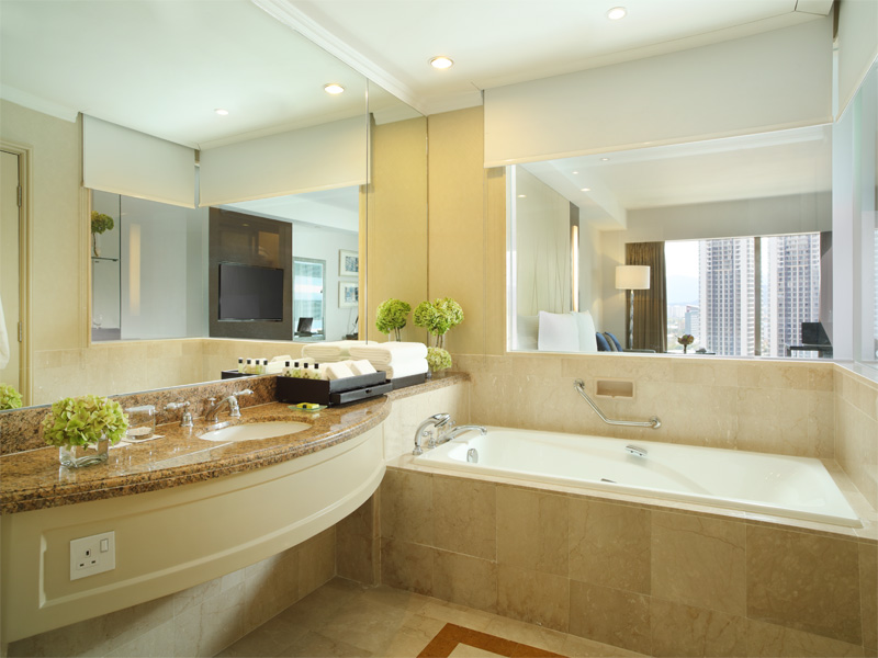 Intercontinental-KL-bathroom-City-View-Suite