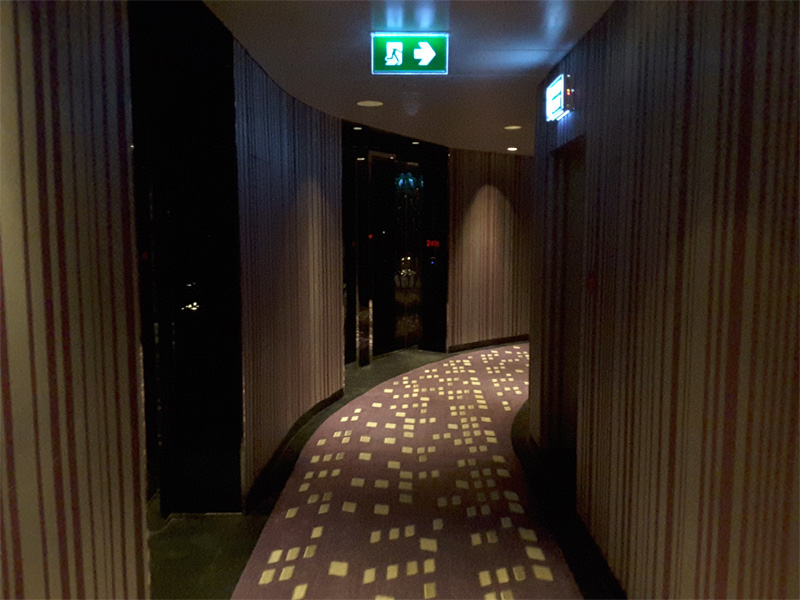 W-BANGKOK-hotel-corridor-on-24th-floor