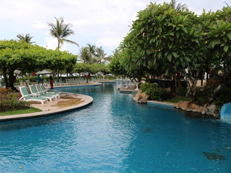 GRAND HYATT NUSA DUA HOTEL REVIEW swimming pool