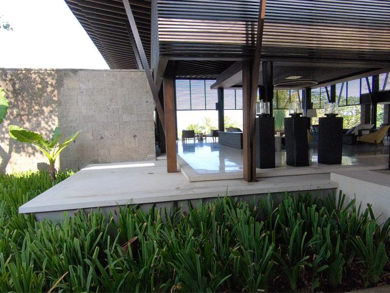 SOORI BALI front entrance to reception area