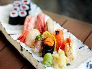 Pan-Pacific-Singapore Keyaki-restaurant sushi choicess