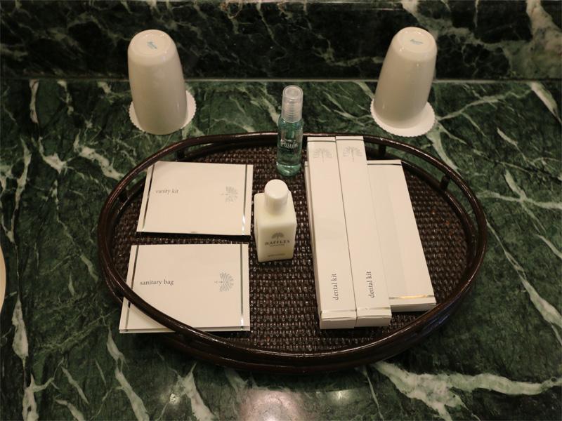 RAFFLES bathroom amenities