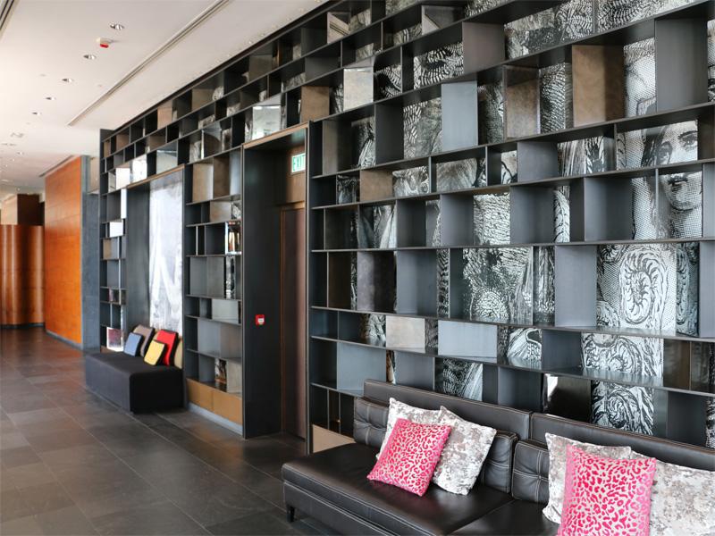 W-HOTEL-HONG-KONG-lobby-area