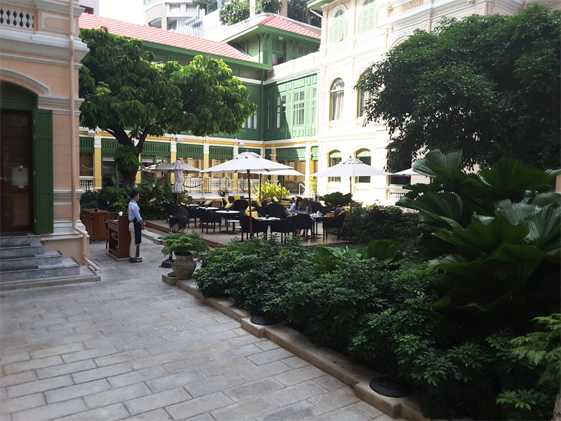 THE-COURTYARD-for-lunch-W-Bangkok