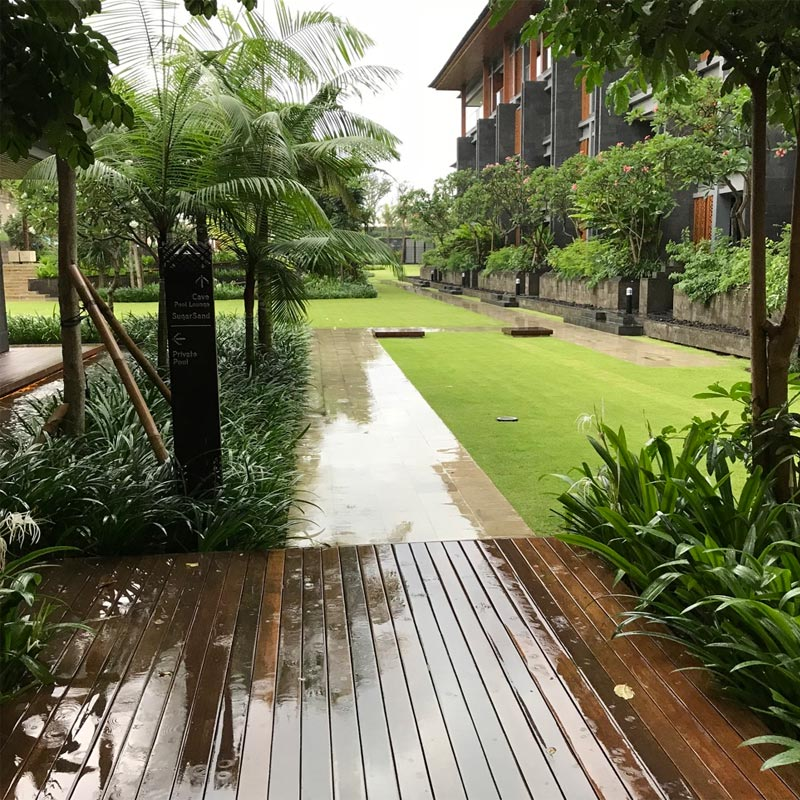 HOTEL INDIGO BALI REVIEW view from Tree Bar to garden