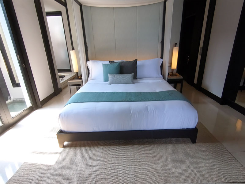 SOORI BALI bedroom king bed